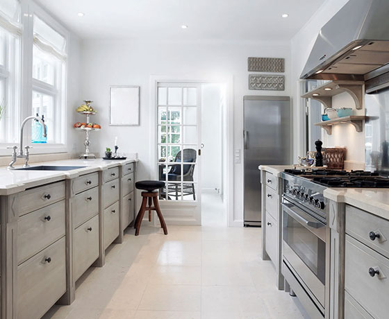 Do You Install Tile Flooring Or Kitchen Cabinets First?